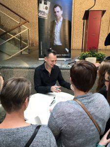 Sebastian Fitzek nimmt sich Zeit für Fans